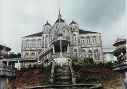 Le palais du Gouverneur à Buéa
