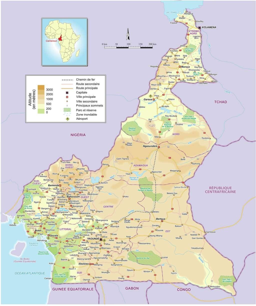 Cartes du Cameroun, cartes des régions, plans de Yaoundé, Douala