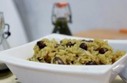 Le riz pilaf aux haricots rouges